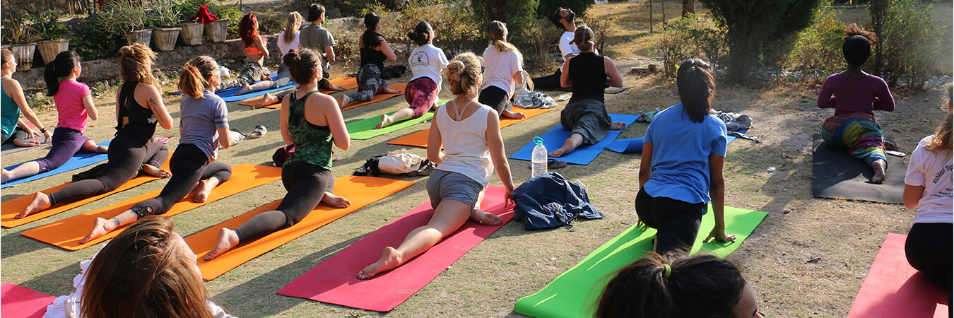 yoga-school-rishikesh-slide2